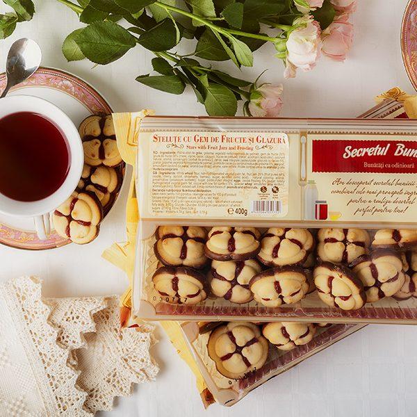stelute-gem-de-fructe-si-glazura-ciocolata